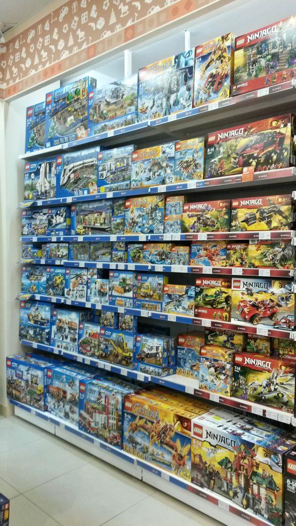 Санкт петербург магазин игрушек