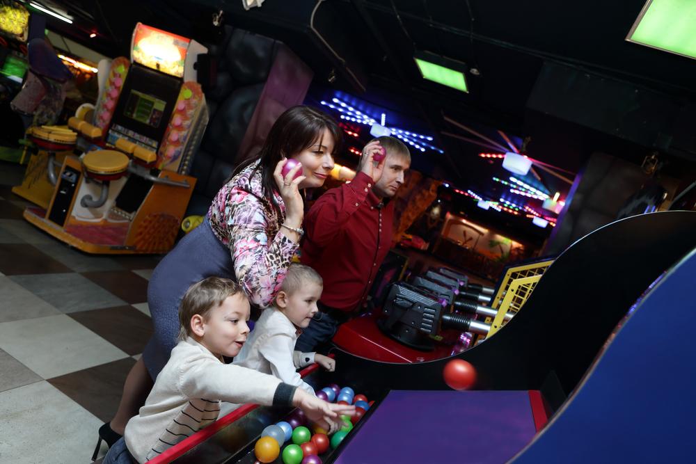 Игровые автоматы для детей в помещениях как выиграть в интернет автоматы