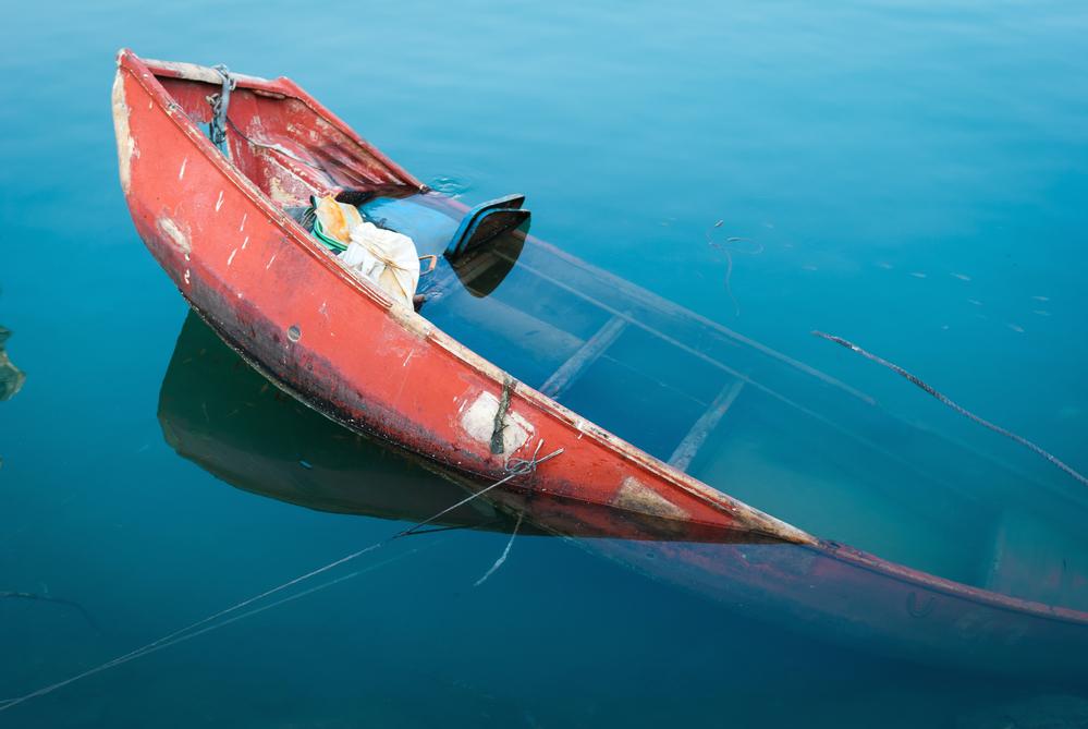 после перевернутой лодки