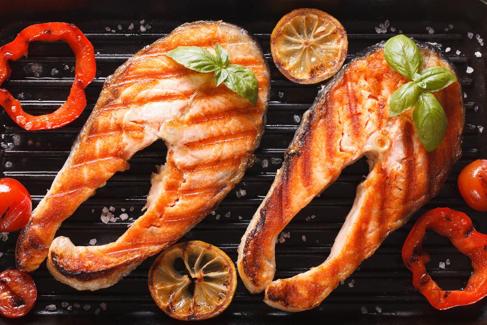 Приготовить заливное из красной рыбы